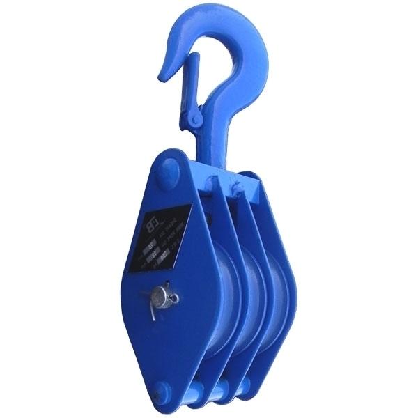 Блок трехрольный (для каната и веревки) с крюком TOR HQG(L) K3-5,0 т